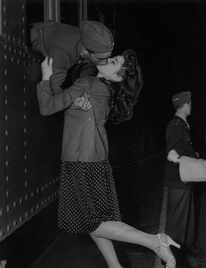 1941 Victoria Station London