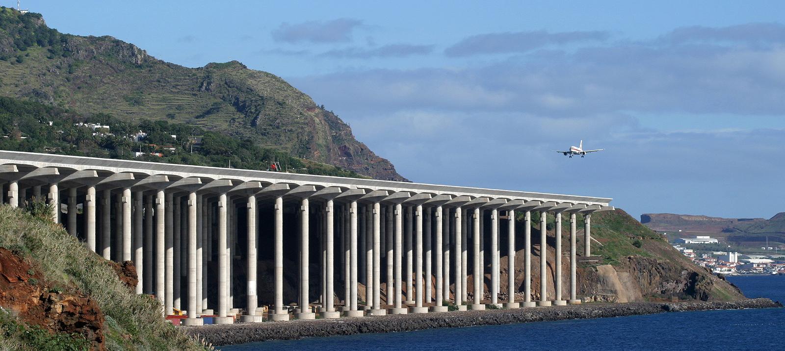 wall_2_Funchal-Madeira