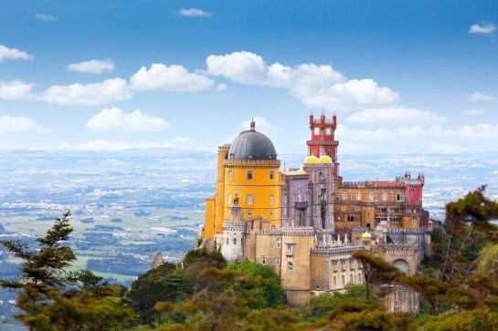 01 palace-da-pena-sintra-lisboa-portugal-best-castles-in-europe