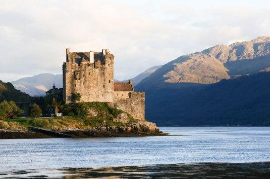 09 eilean-donan-castle-scotland-best-castles-in-europe