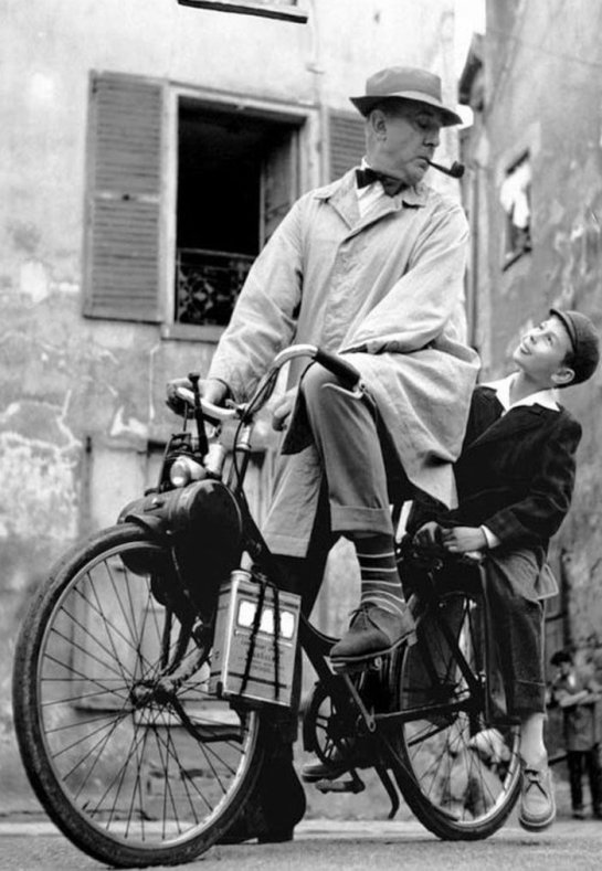 034-jacques-tati-theredlist